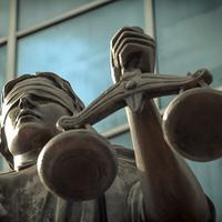 Вимога про визнання нікчемного правочину недійсним не є належним способом захисту прав - ВП